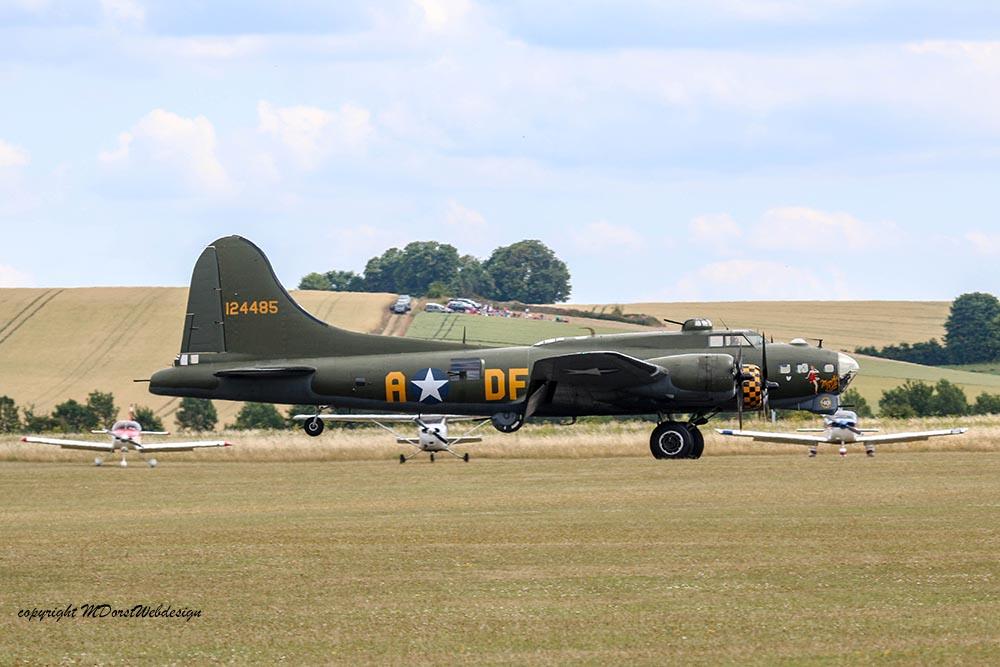 B-17_124485_Duxford_20151.jpg