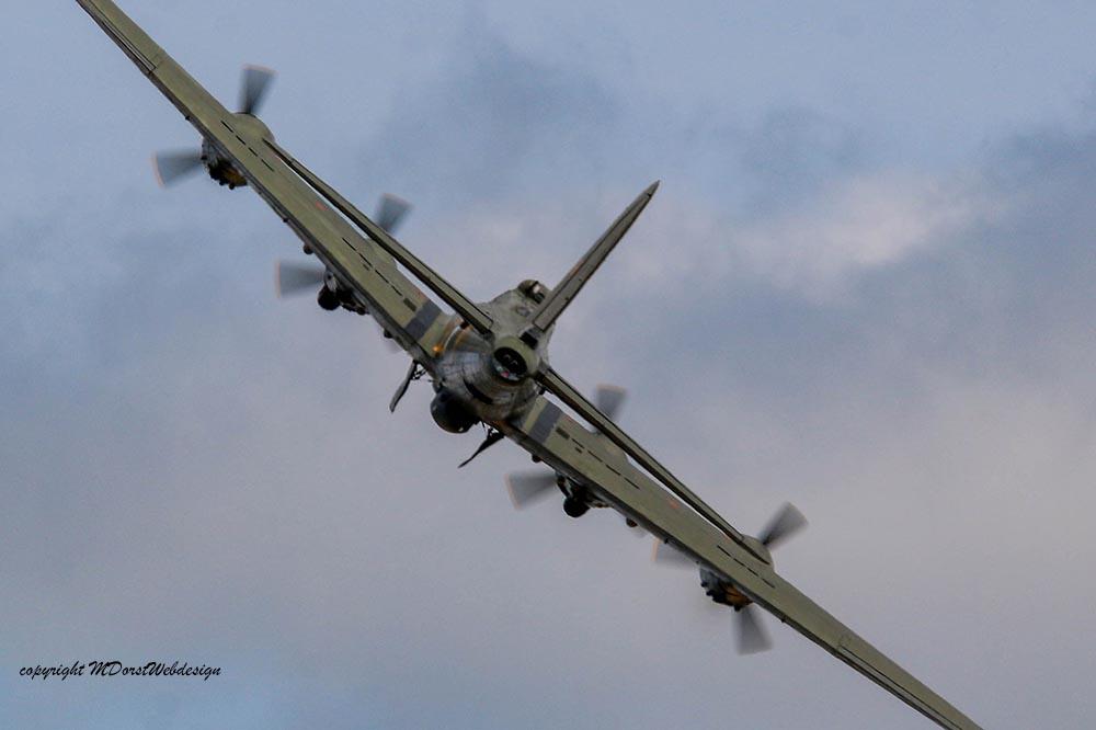 B-17_124485_Duxford_201513.jpg