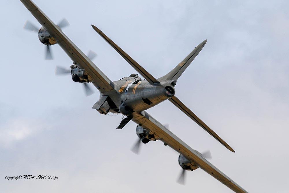 B-17_124485_Duxford_201515.jpg