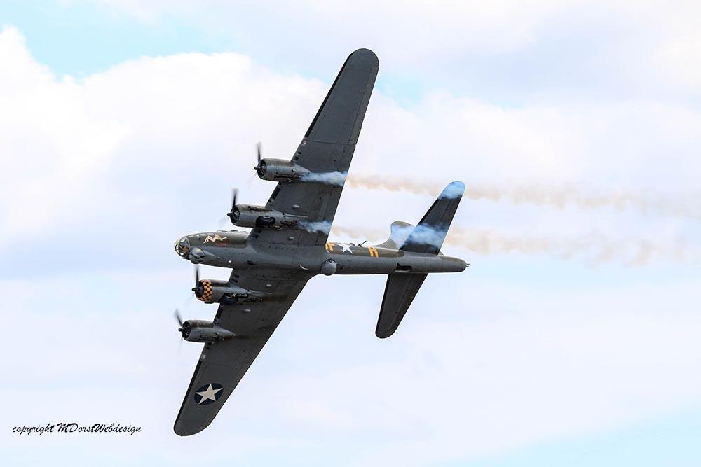 B-17_124485_Duxford_20158.jpg