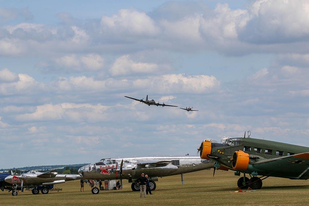 B-17_und_P51_Duxford_20154.jpg