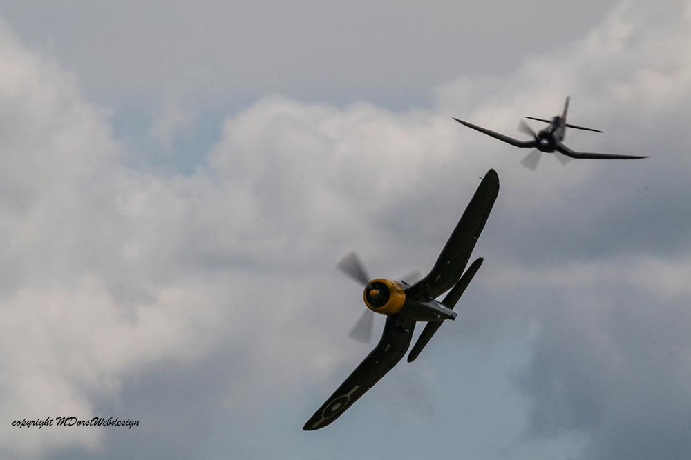Corsair_130_Duxford_20152.jpg