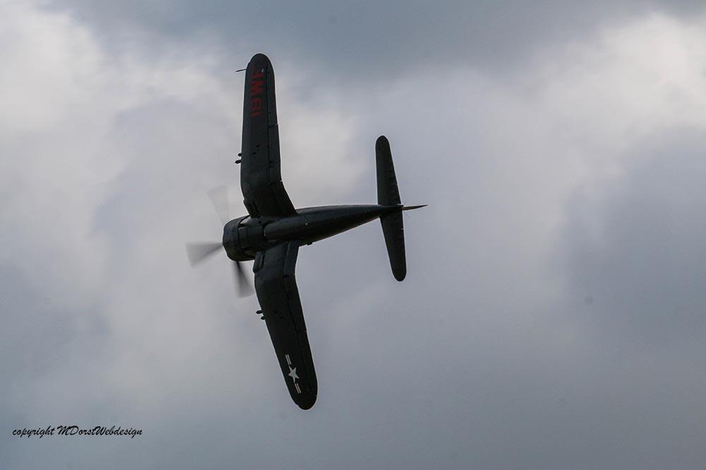 Corsair_F4U5NL_D-FCOR_Duxford_201510.jpg
