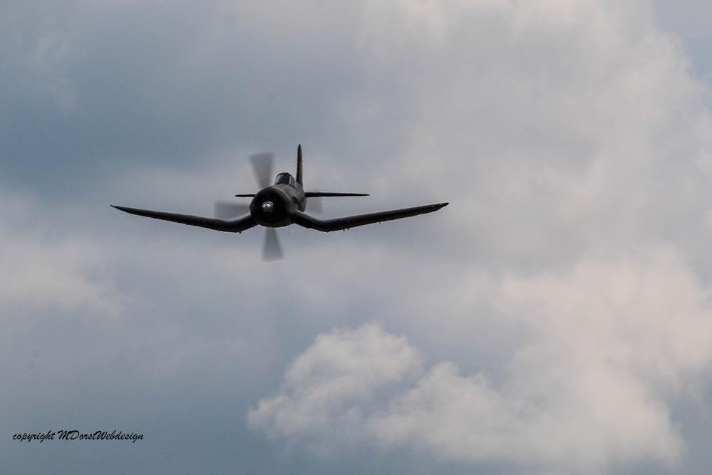 Corsair_F4U5NL_D-FCOR_Duxford_201513.jpg