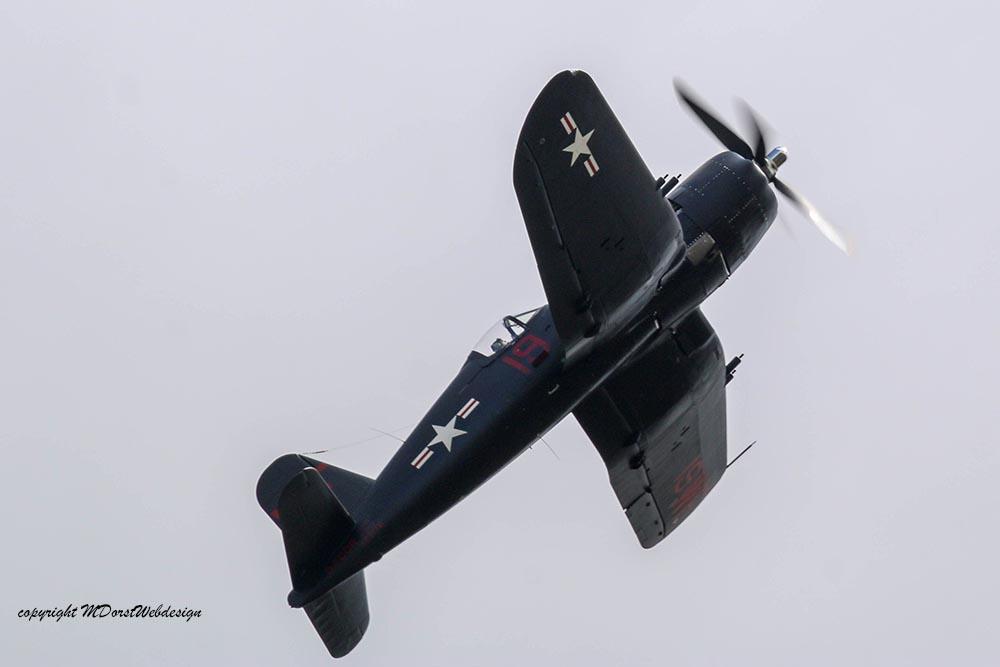 Corsair_F4U5NL_D-FCOR_Duxford_201514.jpg