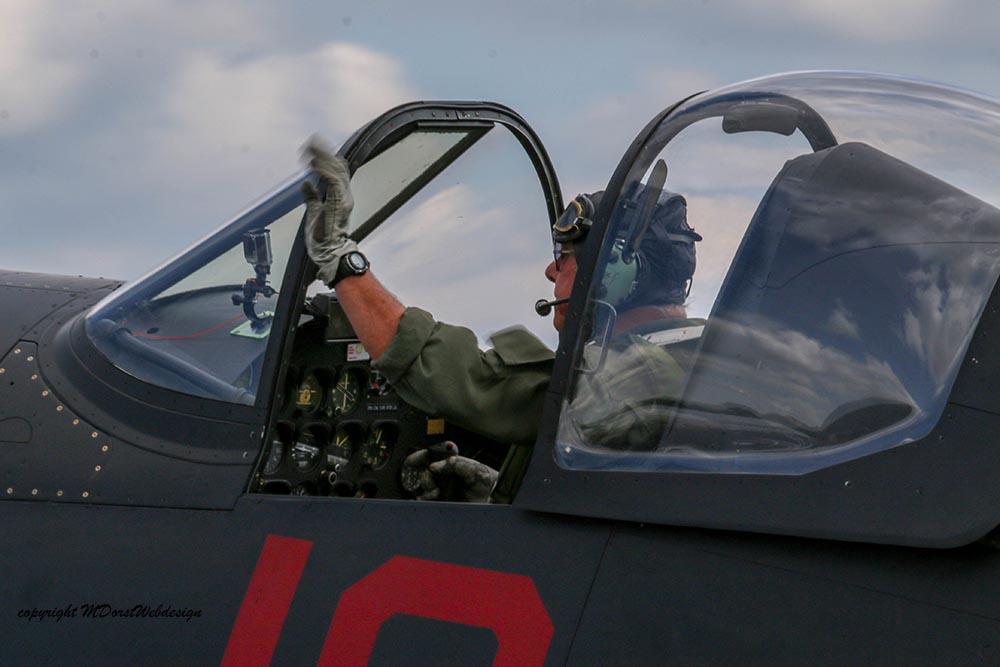 Corsair_F4U5NL_Duxford_2015_3.jpg
