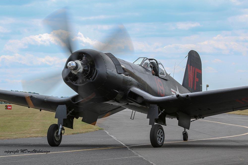 Corsair_F4U5NL_Duxford_2015_5.jpg