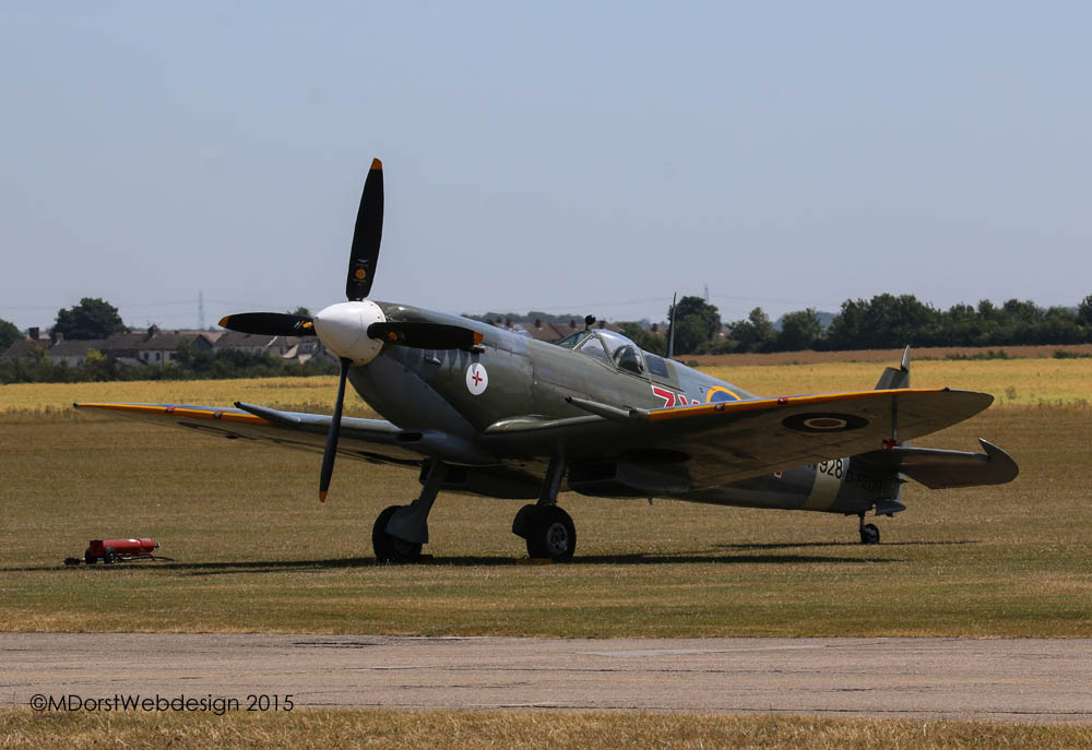 Spitfire_MkVIII_2015-07-101.jpg