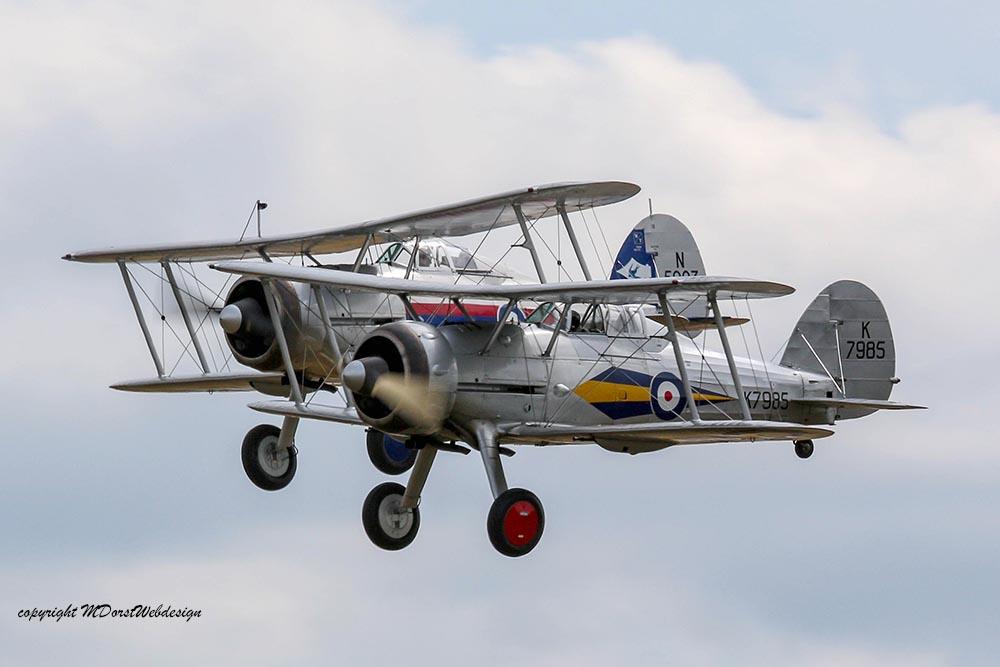 Gloster_Gladiator_Formation_Duxford_2015_11.jpg