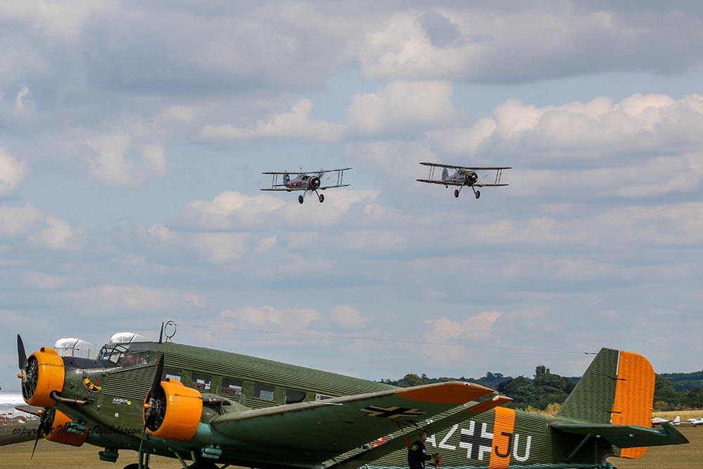Gloster_Gladiator_Formation_Duxford_2015_9.jpg
