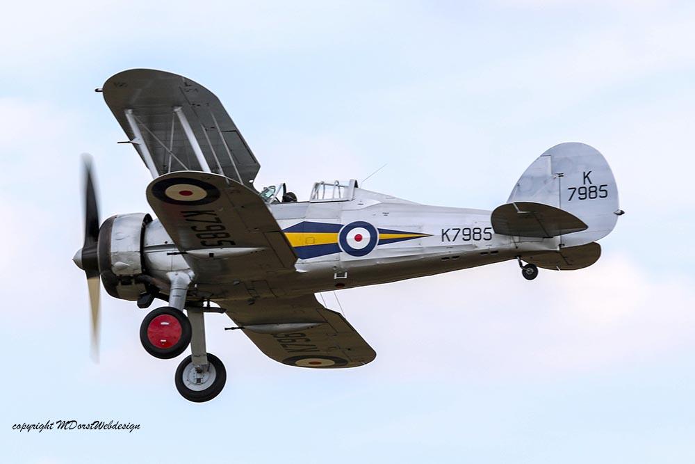 Gloster_Gladiator_K7985_Duxford_2015_11.jpg