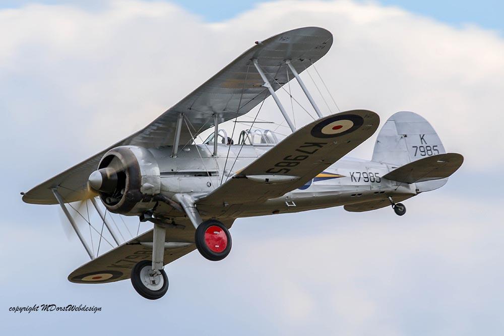 Gloster_Gladiator_K7985_Duxford_2015_12.jpg