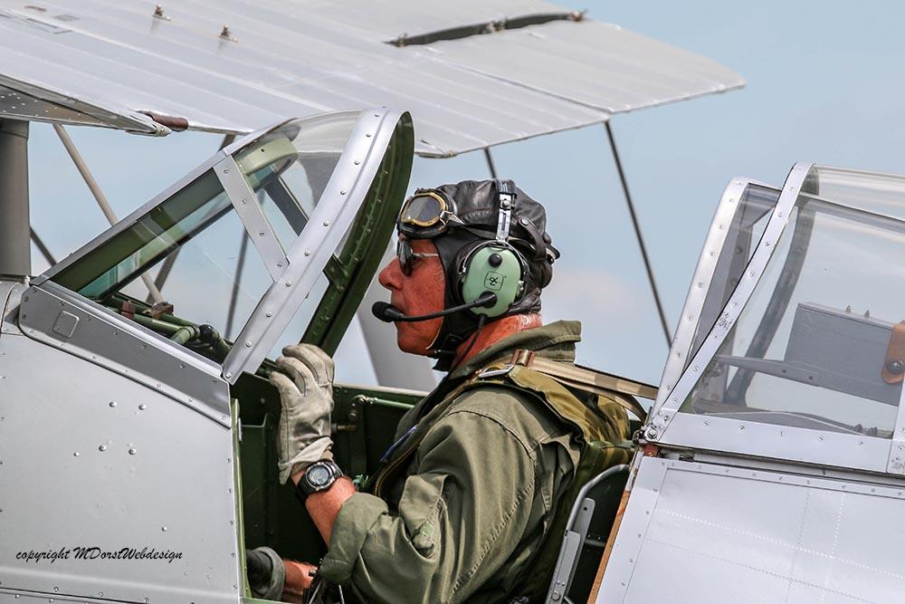 Gloster_Gladiator_N5903_Duxford_2015_2.jpg