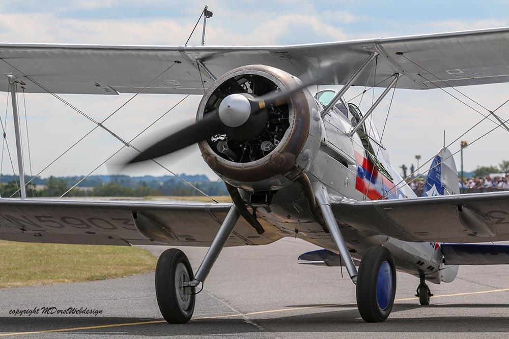 Gloster_Gladiator_N5903_Duxford_2015_5.jpg