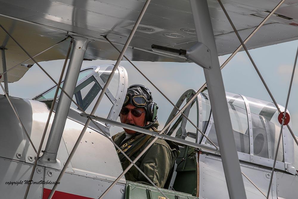 Gloster_Gladiator_N5903_Duxford_2015_6.jpg