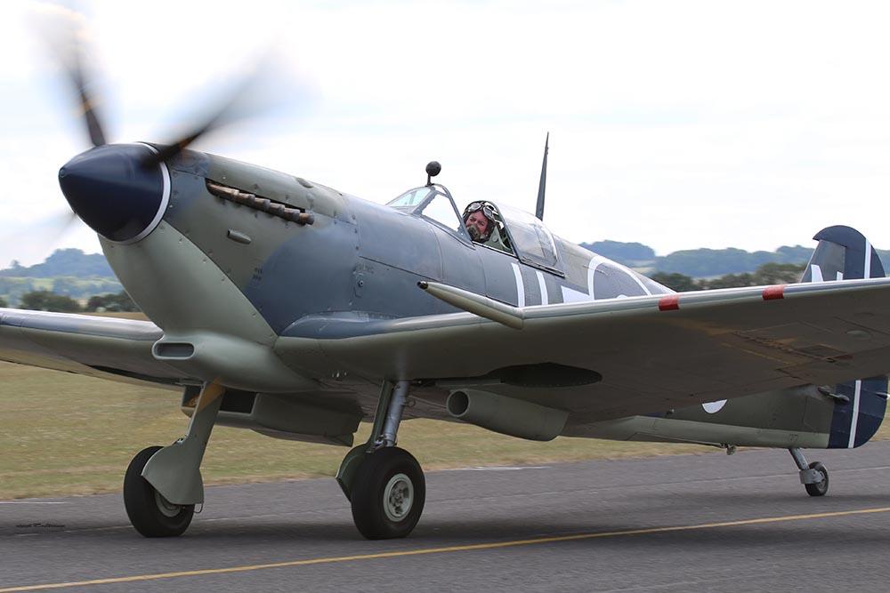 Spitfire_11-5-N_Dux20153.jpg