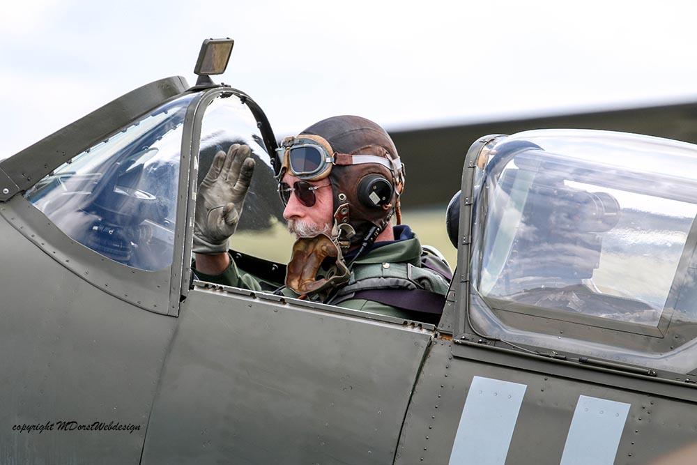 Spitfire_Charlie_Brown_Dux2015.jpg
