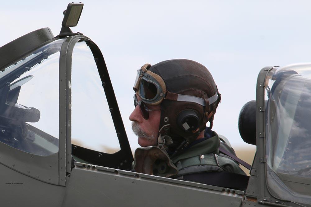 Spitfire_Charlie_Brown_Dux20151.jpg