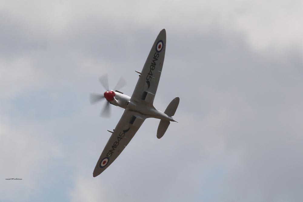 Spitfire_Griffon_SM845_Dux20151.jpg