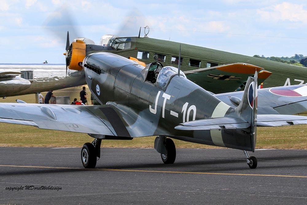 Spitfire_JT-10_Dux20152.jpg