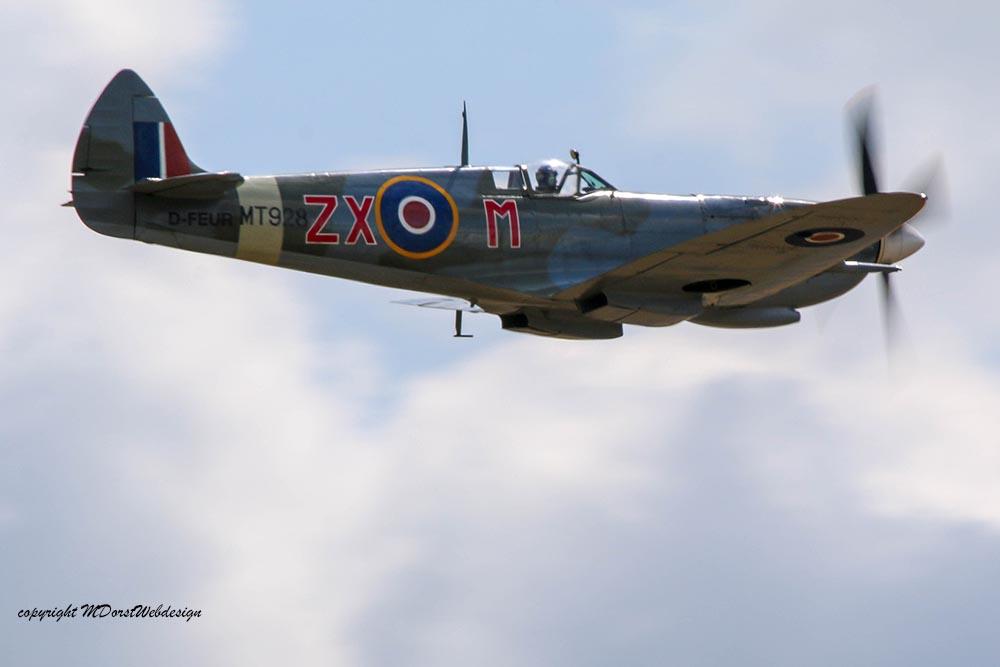 Spitfire_MkVIII_D-FEUR_Dux201520.jpg