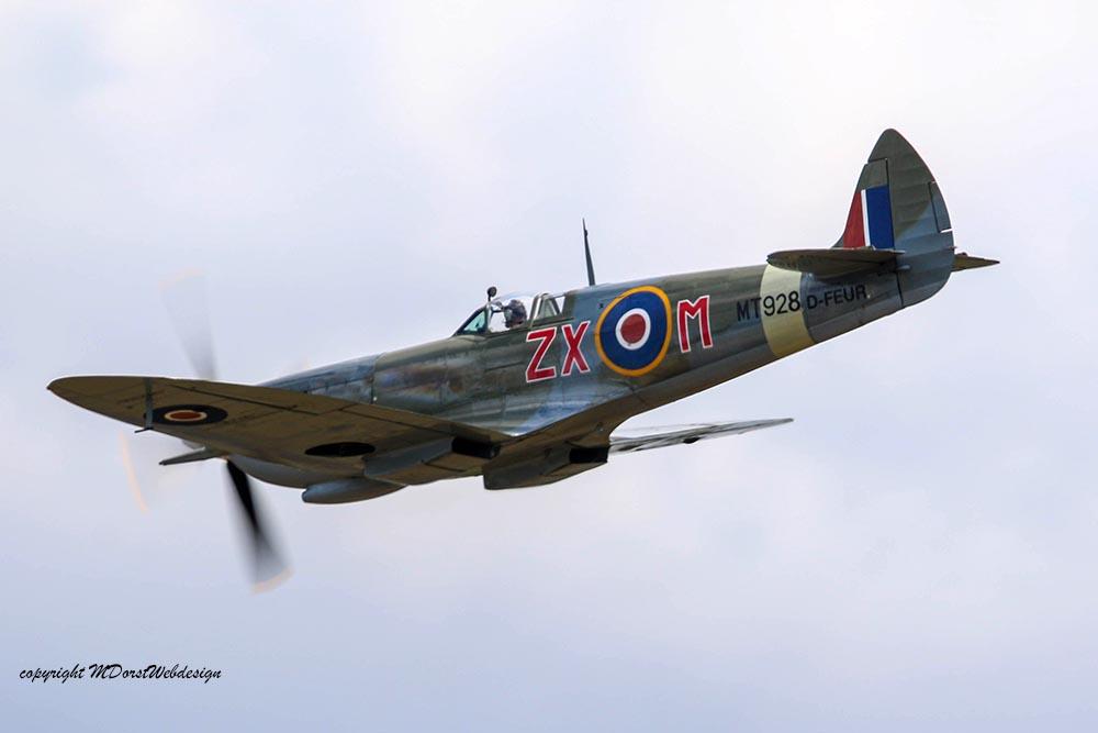 Spitfire_MkVIII_D-FEUR_Dux201522.jpg