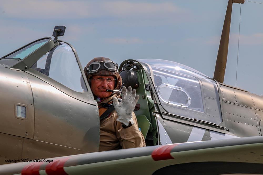 Spitfire_P730_Hinton_Duxford_20151.jpg
