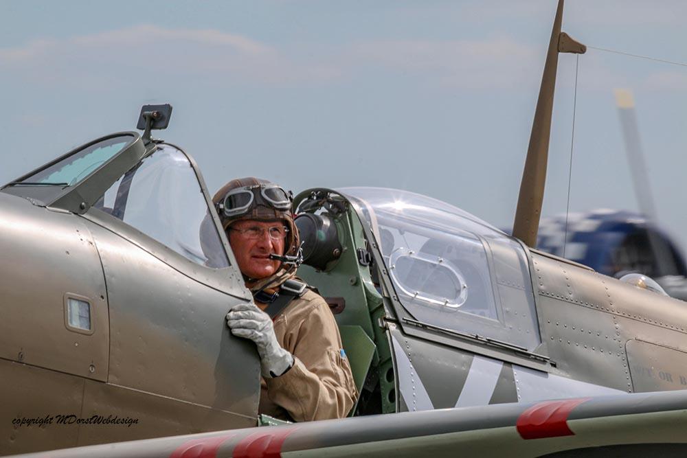 Spitfire_P730_Hinton_Duxford_20153.jpg