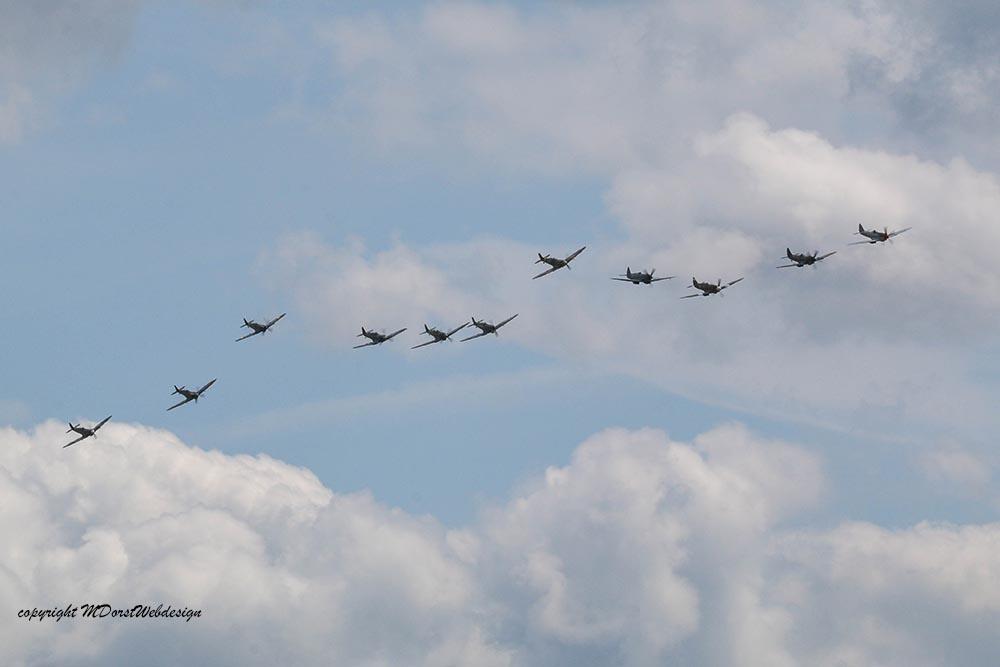 Spitfire_tailchase_Dux2015_13.jpg