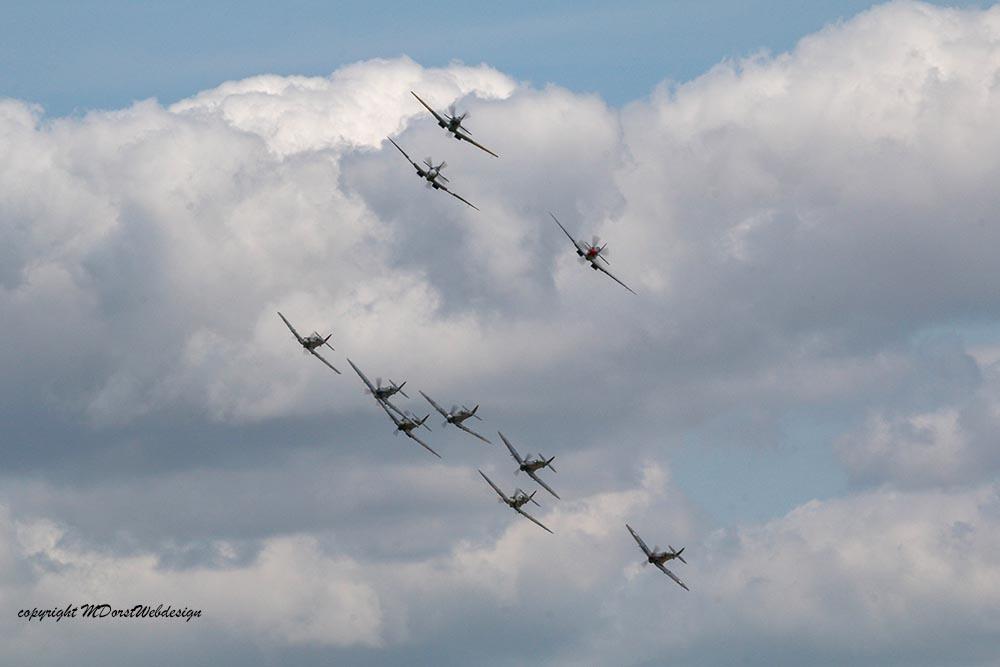 Spitfire_tailchase_Dux2015_9.jpg