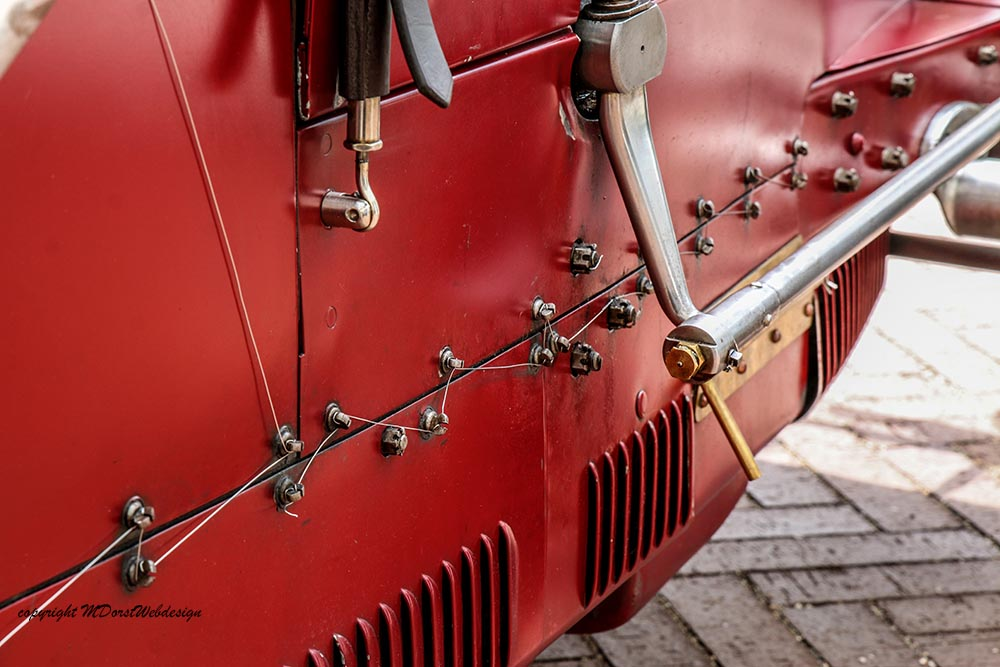 Bugatti_2016-06-0519.jpg