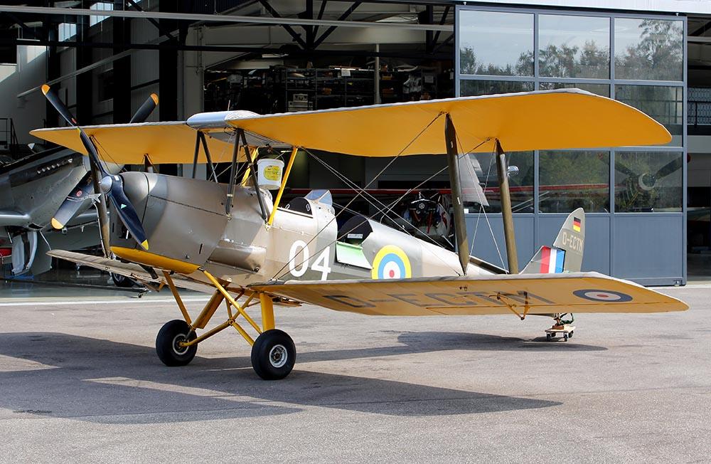 DE_Havilland_TigerMoth_D-ECTM_2011-08-254.jpg