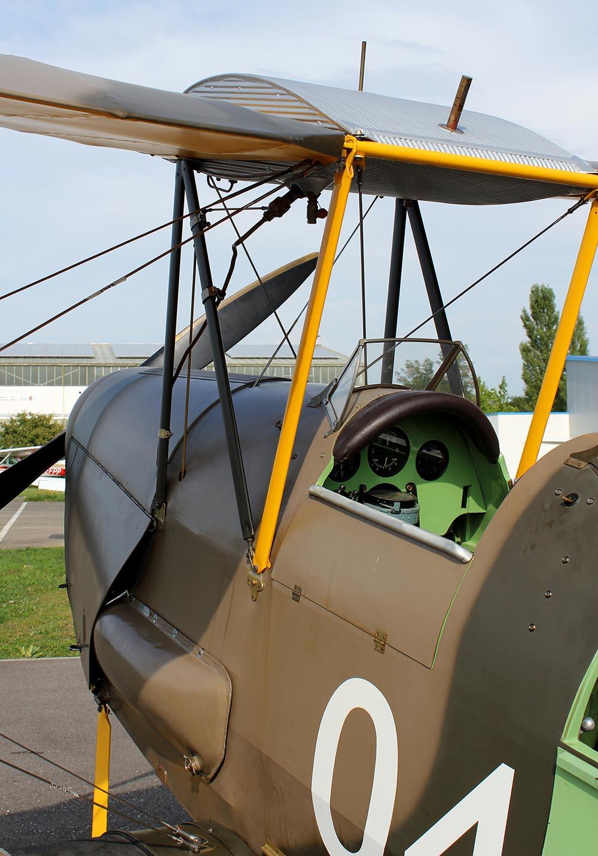 De_Havilland_TigerMoth_D-ECTM_2011-08-2519.jpg