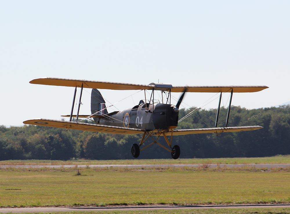 De_Havilland_TigerMoth_D-ECTM_2012-08-17_-16.jpg
