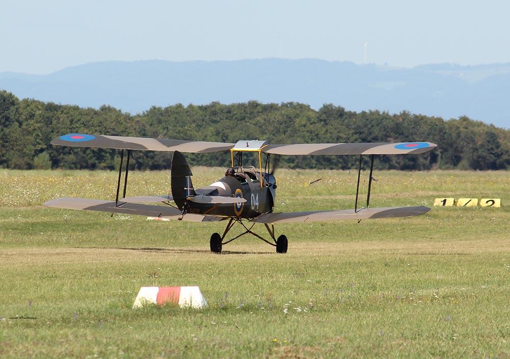 De_Havilland_TigerMoth_D-ECTM_2012-08-17_-23.jpg