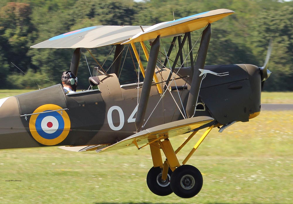 De_Havilland_TigerMoth_D-ECTM_2012-08-17_-24.jpg