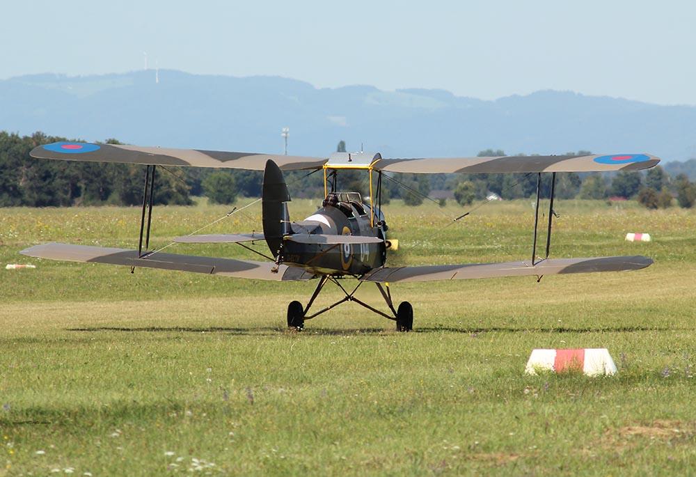 De_Havilland_TigerMoth_D-ECTM_2012-08-17_-28.jpg