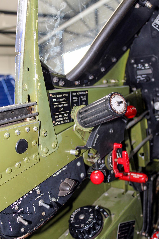P-51_MissHelen_G-BIXL_2011-10-0722.jpg