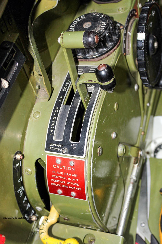 P-51_MissHelen_G-BIXL_2011-10-0723.jpg