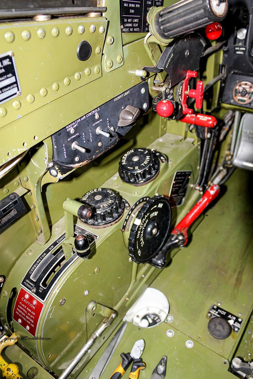 P-51_MissHelen_G-BIXL_2011-10-0724.jpg