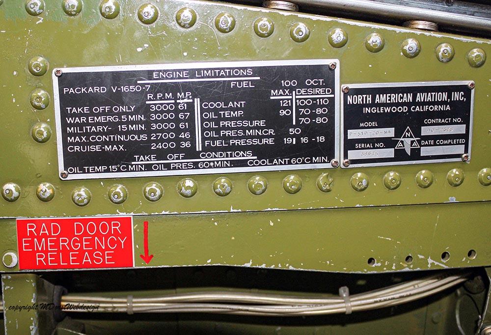 P-51_MissHelen_G-BIXL_2011-10-0729.jpg