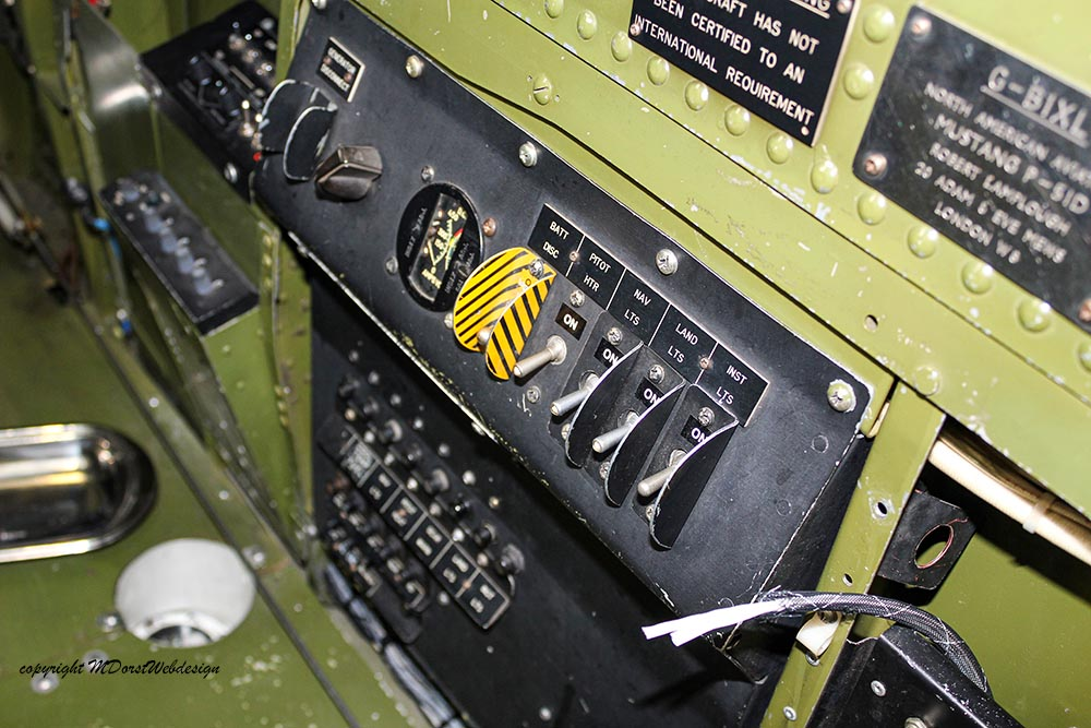 P-51_MissHelen_G-BIXL_2011-10-0731.jpg