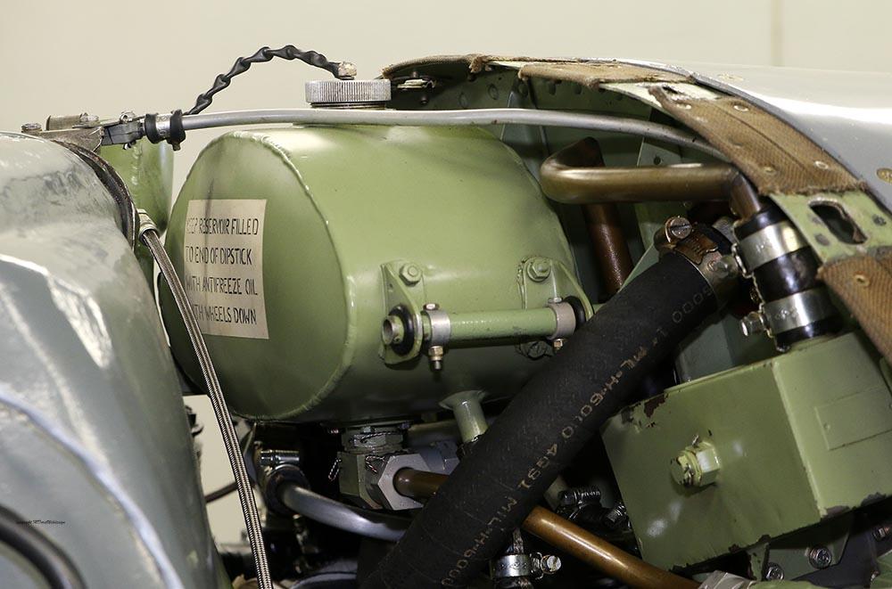 Spitfire_Mk18_TP280_2015-03-2716.jpg