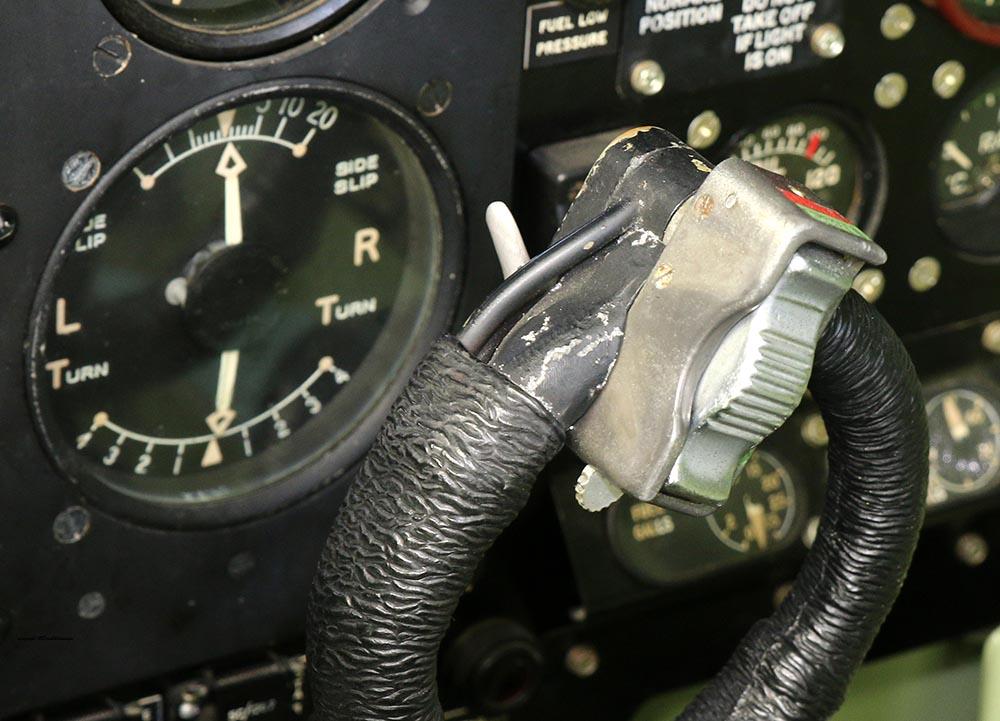 Spitfire_Mk18_TP280_2015-03-2719a.jpg