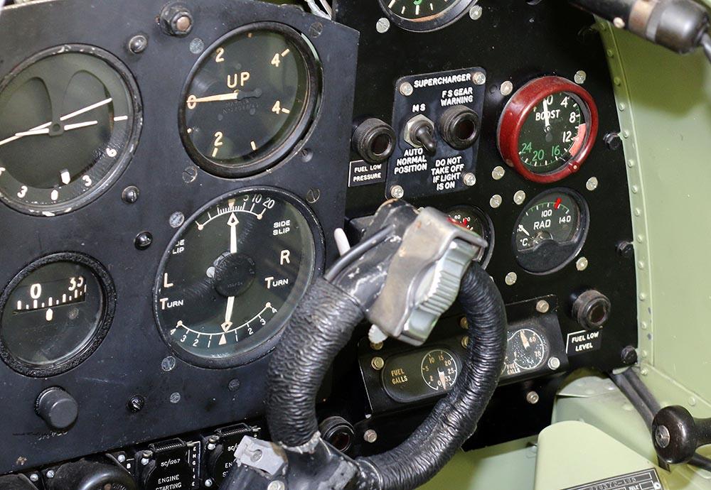 Spitfire_Mk18_TP280_2015-03-2719b.jpg