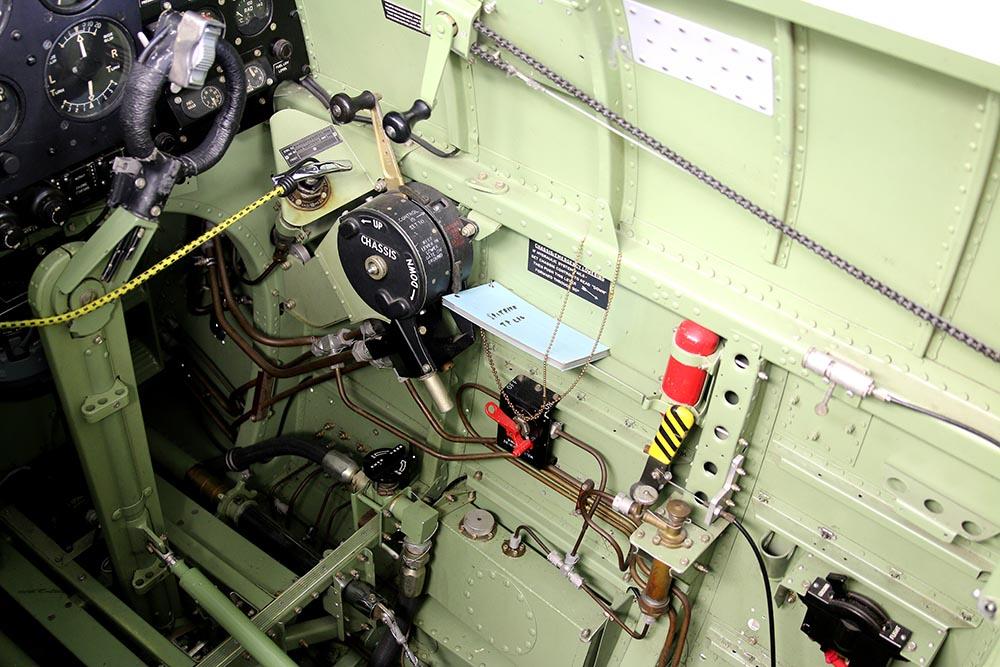 Spitfire_Mk18_TP280_2015-03-2720.jpg