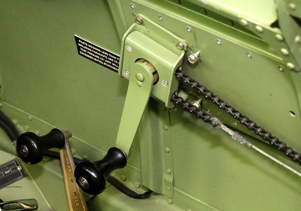 Spitfire_Mk18_TP280_2015-03-2725.jpg