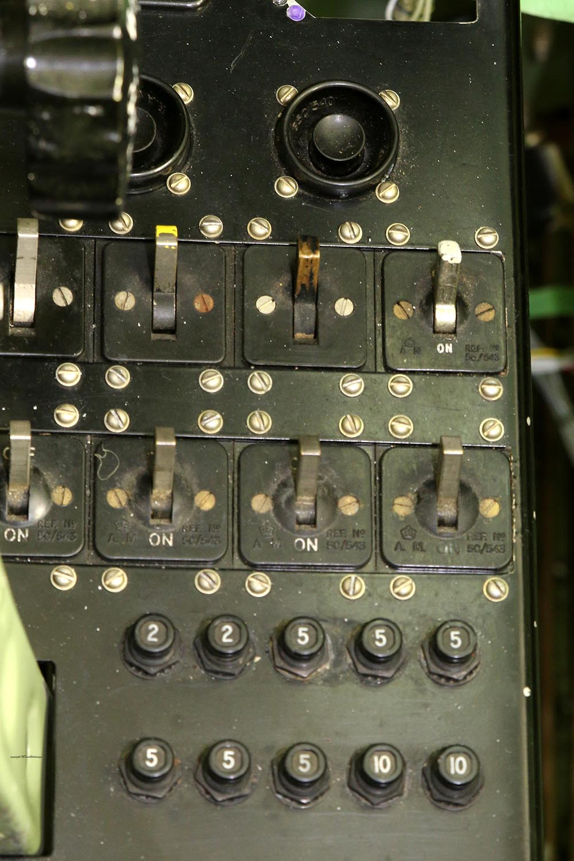 Spitfire_Mk18_TP280_2015-03-2726.jpg