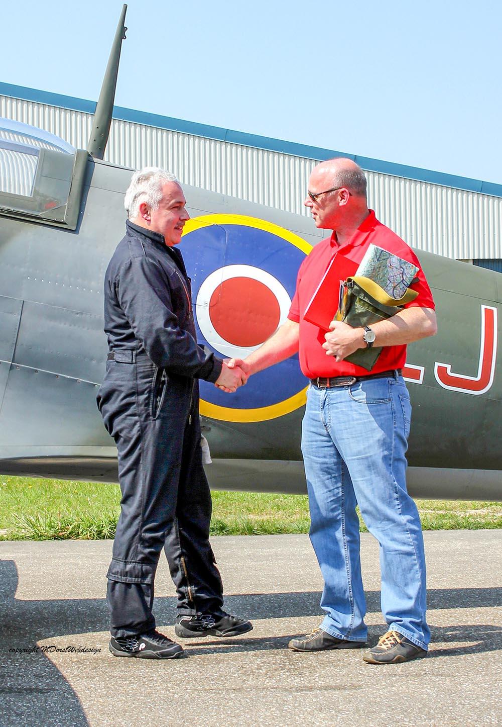 Spitfire_MkXVI_TE184_2011-04-2013.jpg
