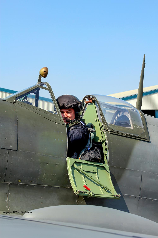 Spitfire_MkXVI_TE184_2011-04-2016.jpg